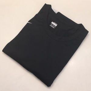 New Nike Men's shirt